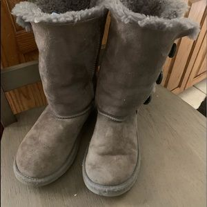 AUTHENTIC UGG BRAND GIRL'S (US /1)BOOTS